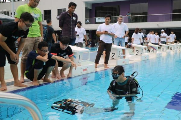 SAUVC AUV in pool
